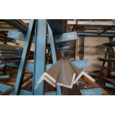 Уголок нержавеющий 50х50х5 горячекатаный, AISI 304, ГОСТ 8509-93